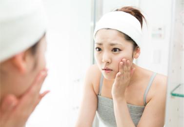 季節の肌トラブル(花粉、アレルギー、肌荒れ)